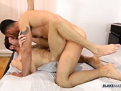 Sensual Fucking From New Guy Ely - Ely Chaim & Xavier Sibley