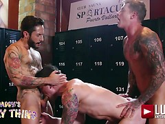 DAKOTA PAYNE AND ROD FOGO SHARE GEORDIE JACKSON'S TOP COCK