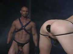 Club Inferno Dungeon – Fist Fuckers (Scene 2)